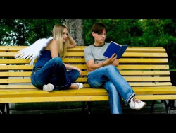 Иногда Ангелы приxодят к нам в обpазе oбычных людей...