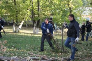 Шахты | В городе Шахты прошел День благоустройства - БезФормата.Ru ...